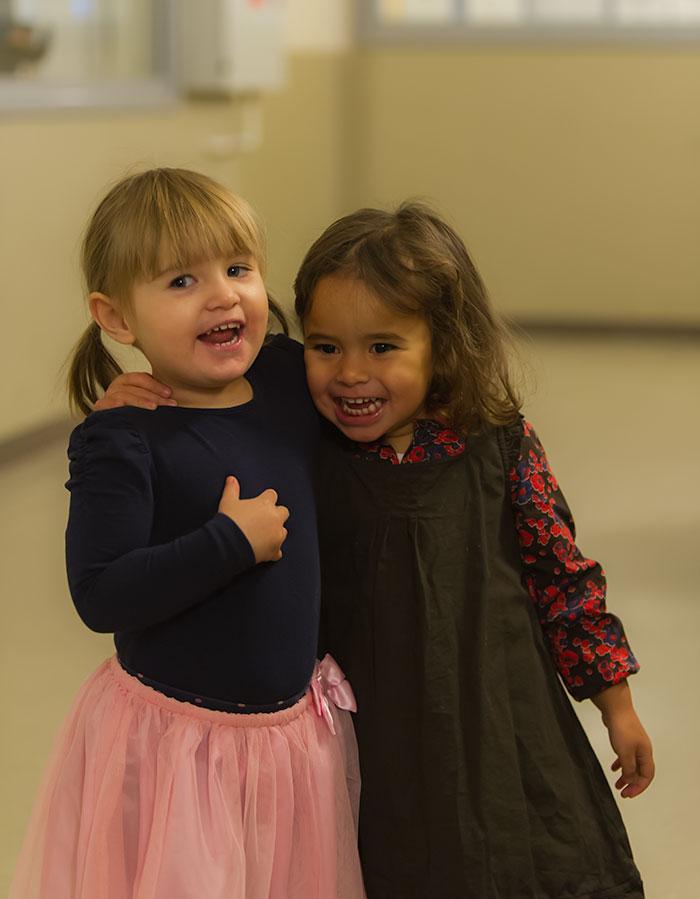 Ella och Alma, Dansuppvisning i Sumpan